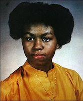 اذا ماعرفتها شوف اخر الصو Michele-obama-teenager1.jpg